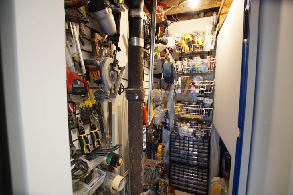 Organizing_Garage_Nestrs_Lowes