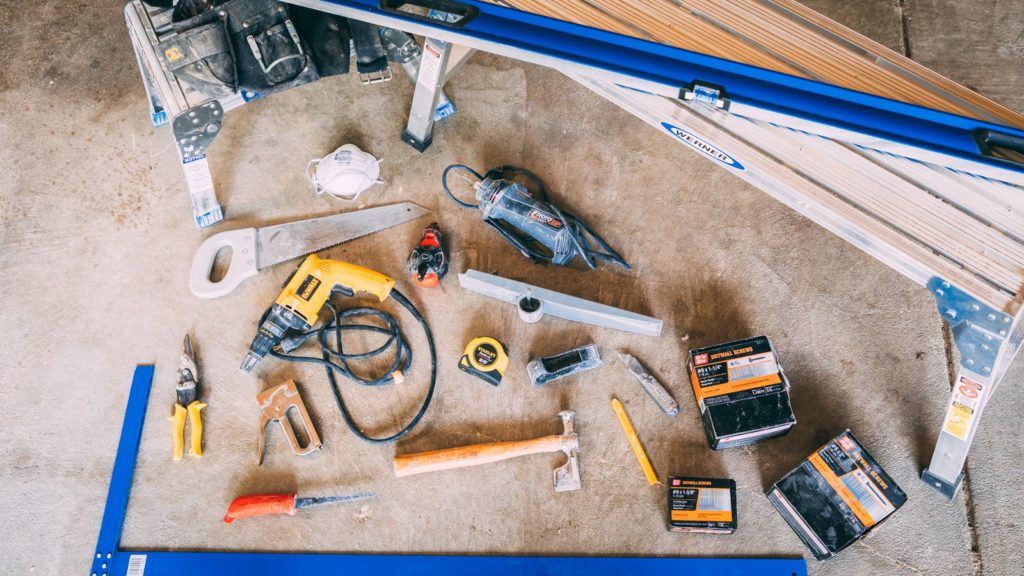 drywall_hanging_nestrs_lowes